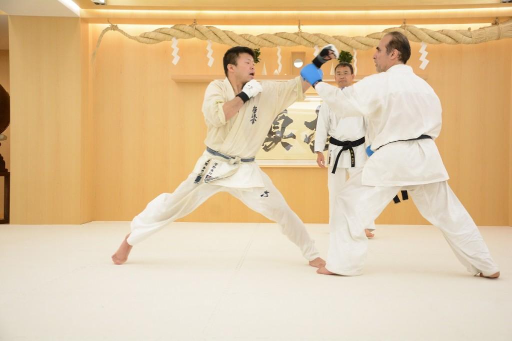 kyokushin-joudan-tsuki
